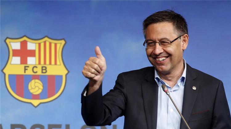 جوسيب ماريا بارتوميو رئيس نادي برشلونة