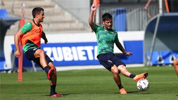 ديفيد سيلفا في تدريبات ريال سوسييداد