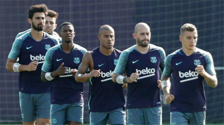 فالفيردي يريد بيع سبع لاعبين من برشلونة
