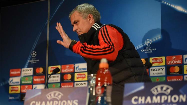 مورينيو يوجه صدمة قوية لريال مدريد
