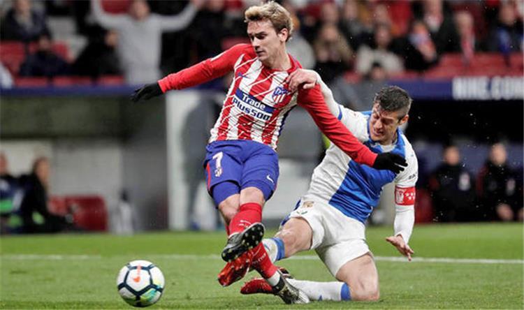 ريال مدريد يغري جريزمان ويعرقل مفاوضاته مع برشلونة