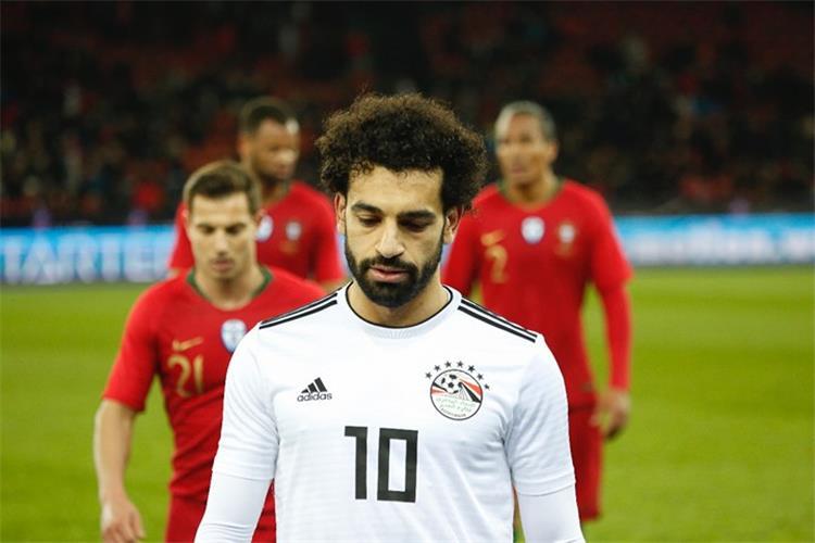 أول رد من منتخب مصر على أنباء استبعاد صلاح من كأس العالم - بطولات