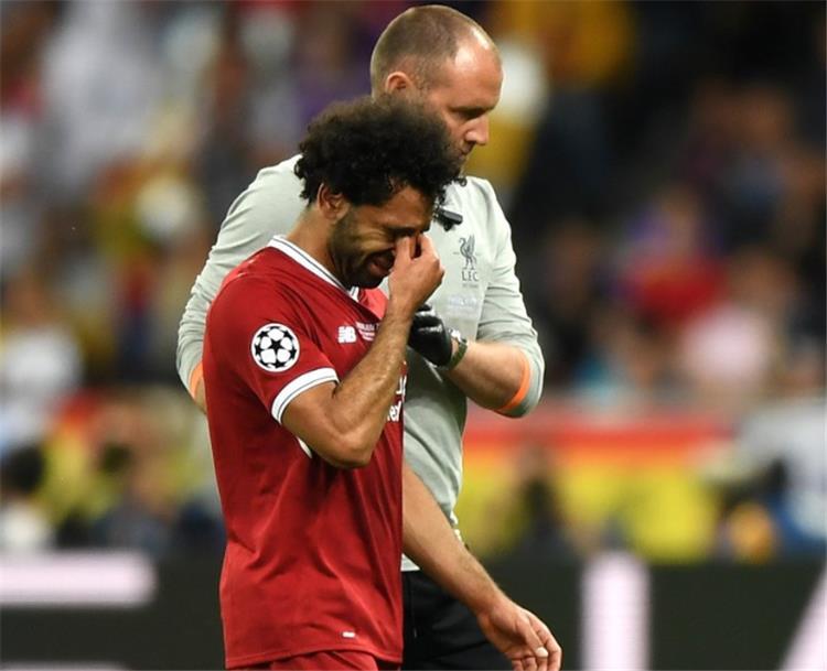 بيرس مورغان مهاجمًا منتقدي راموس بعد إصابة صلاح: معاتيه كرة القدم ! - بطولات