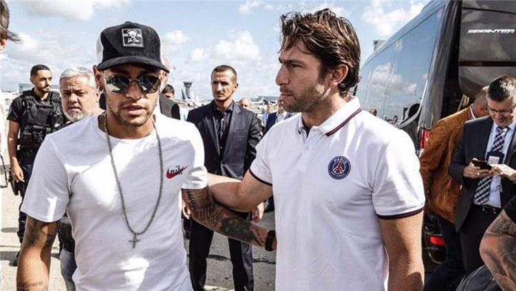 ماكسويل ينصح نيمار بالبقاء في باريس سان جيرمان
