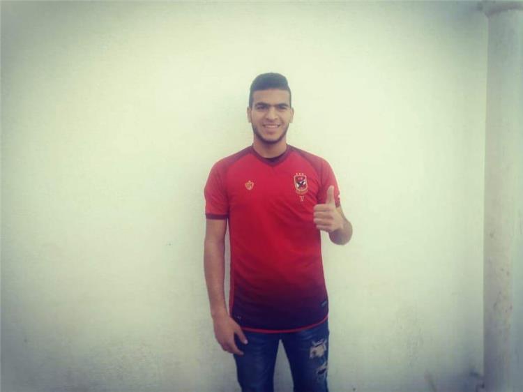 حامد حمدان بقميص الأهلي