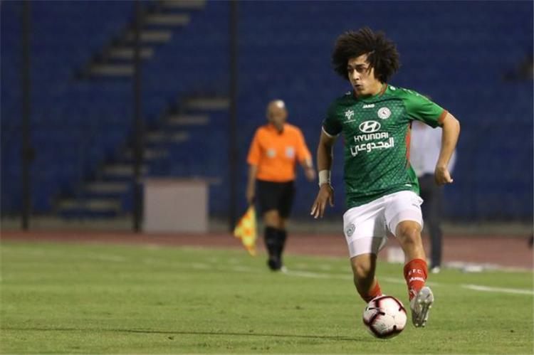 Hussein Al Sayed participates in the defeat of the agreement against Al Qadisiyah in the Saudi league 1