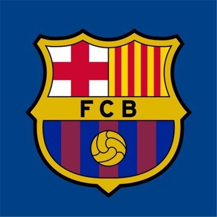 برشلونة مهدد بسحب ترخيص لاعبه لمخالفة اللوائح