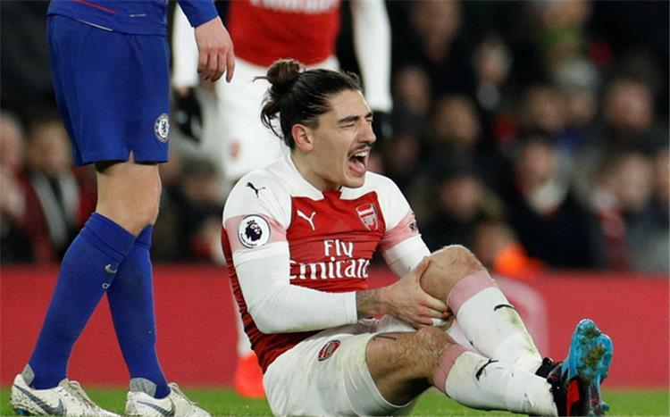 Arsenal fear of injury defender cruciate ligament 85