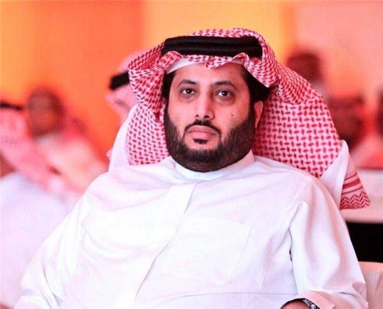 تركي آل الشيخ يكتفي بكلمة وحيدة للتعليق على مباراة الأهلي وإنبي