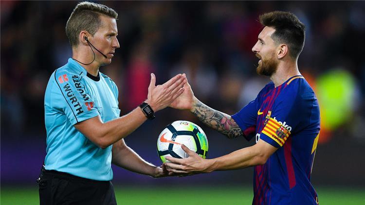 مدرب برشلونة: ميسي سيشارك أمام بلباو رغم عدم جاهزيته