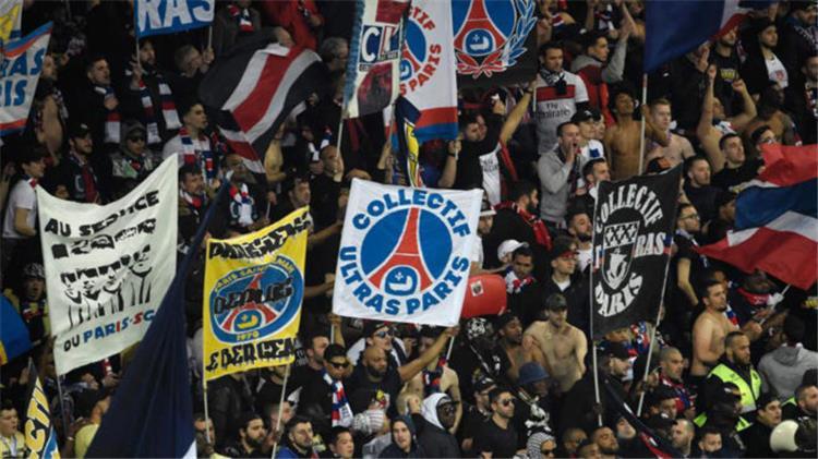 صور القبض على بعض جماهير باريس سان جيرمان قبل مواجهة مانشستر يونايتد