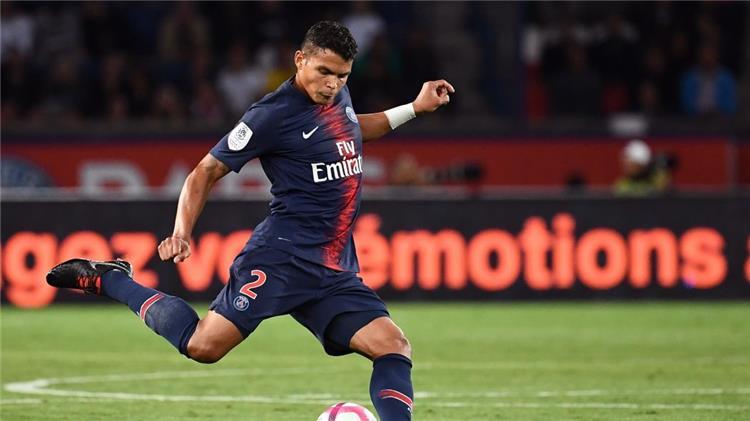 ليكيب: تياجو سيلفا يرغب في تمديد عقده مع باريس سان جيرمان
