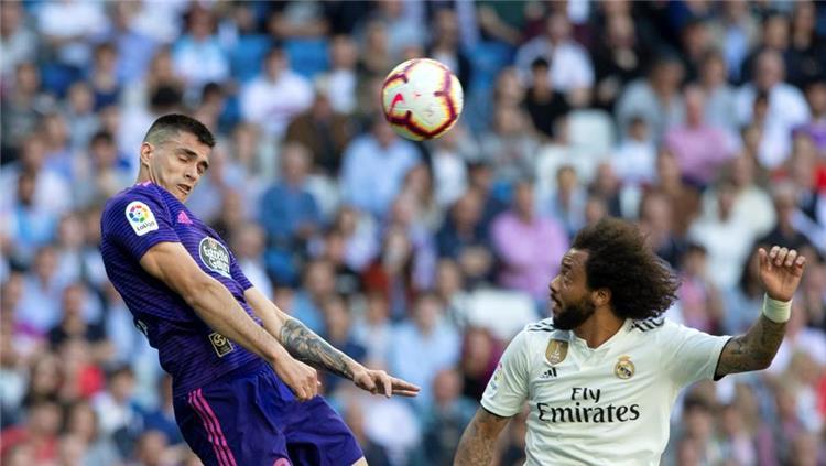 برشلونة يتخذ قرار ا تجاه مفاوضاته مع جوميز