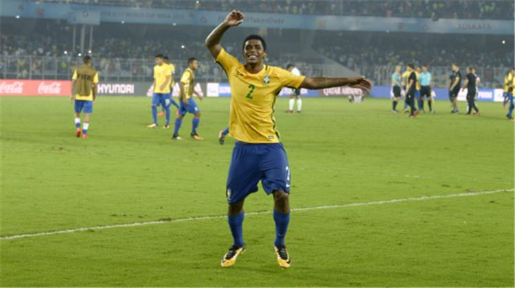 brazilian star announces joining juventus