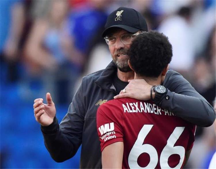 كلوب يحكي كيف خطط لاعبو ليفربول بين الشوطين للهدف الاول امام كارديف