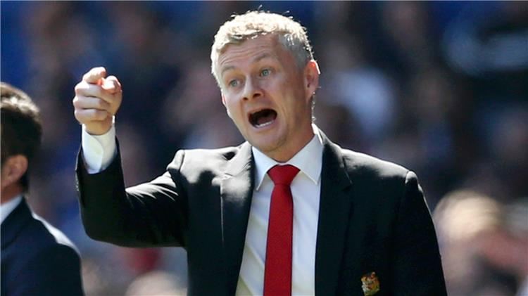 سولشاير: أنا الرجل المناسب لتدريب مانشستر يونايتد.. وهناك لاعبين سيرحلون في الصيف