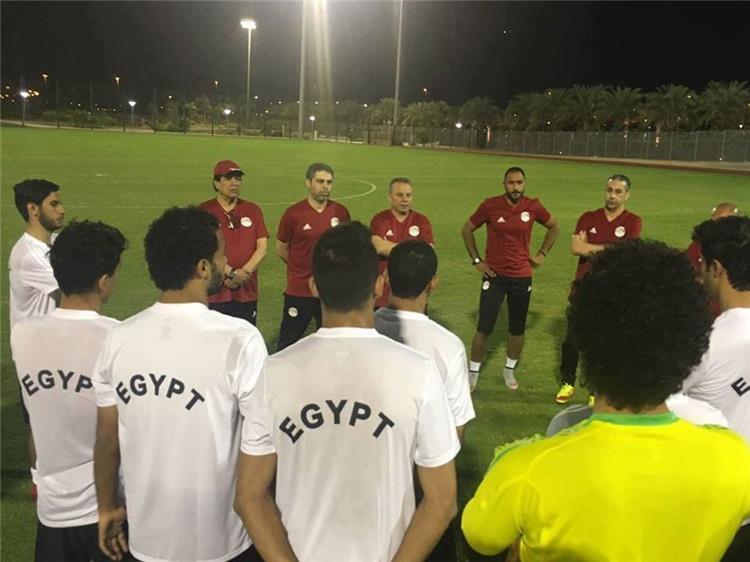 لاعبي والجهاز الفني لمنتخب مصر الاولمبي