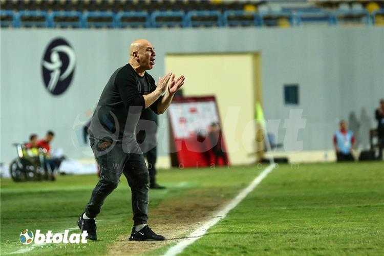 يرصد غضب حسام حسن بعد هدف الأهلي القاتل في مرمى سموحة -