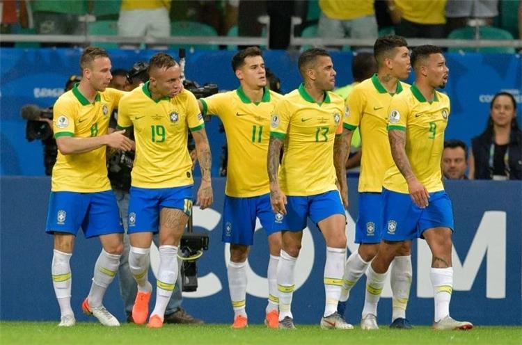 موعد مباراة الارجنتين والبرازيل