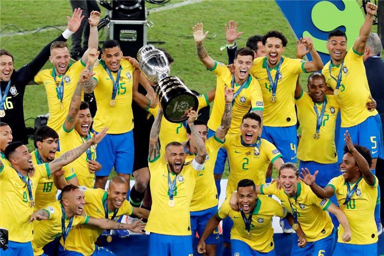 البرازيل تعزز موقعها المركز الثالث