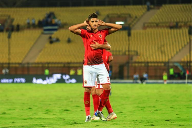 احمد الشيخ لاعب الاهلي