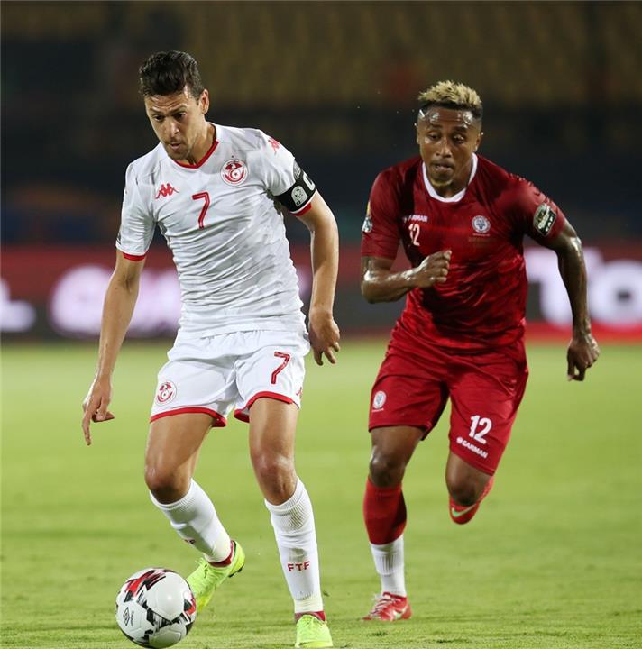 يوسف المساكني في مباراة تونس ومدغشقر