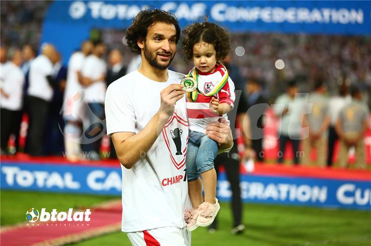 اصابة محمود علاء في مباراة الأهلي والزمالك بطولات