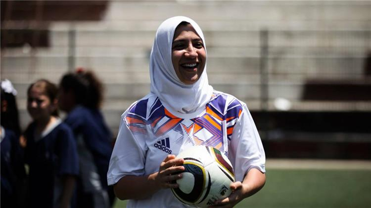 عن واقعة التحرش الجنسي.. لاعبة ليبية: ما كان على محمد صلاح مساندة وردة ولكن ربما ضُغط عليه -