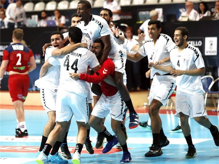 بالفيديو لأول مرة في التاريخ منتخب مصر بطل ا لكأس العالم لكرة اليد للناشئين بعد الفوز على ألمانيا