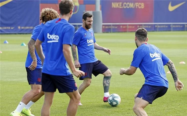 موعد والقناة الناقلة لمباراة برشلونة وغرناطة بالدوري الإسباني اليوم -