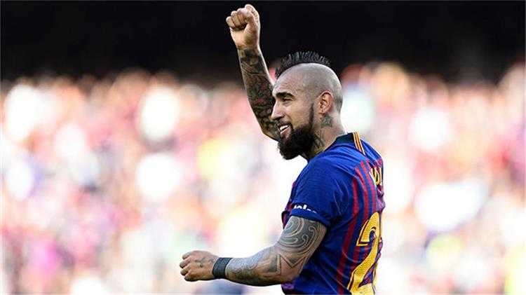 ارتورو فيدال لاعب برشلونة والمنتخب التشيلي