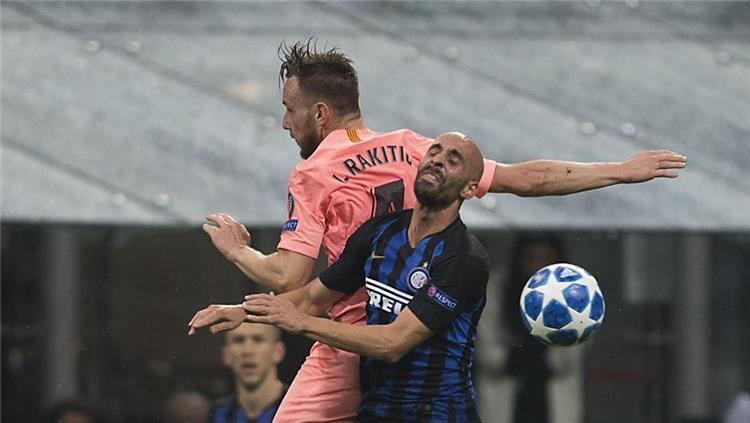 راكيتيتش في مباراة برشلونة وانتر ميلان