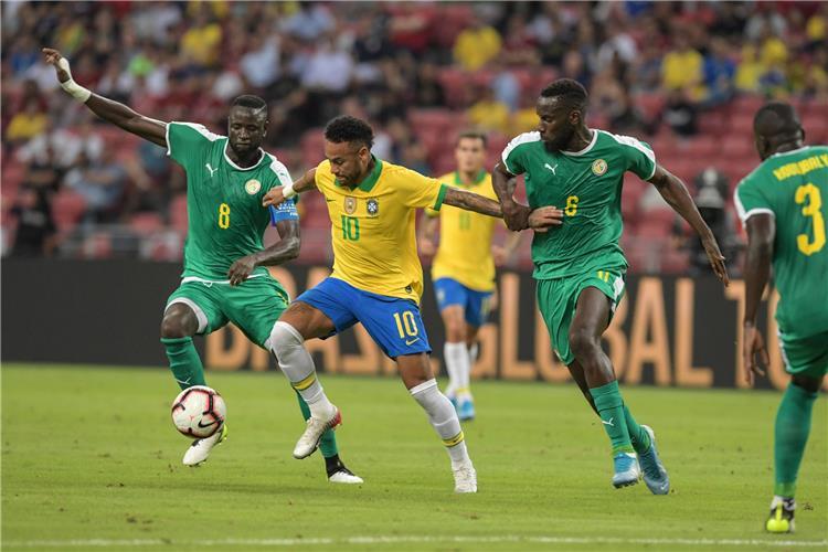 نيمار في مباراة البرازيل والسنغال