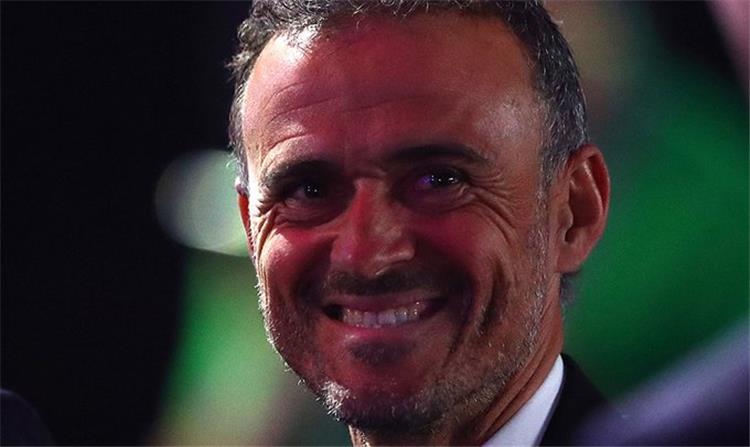 لويس إنريكي مدرب إسبانيا