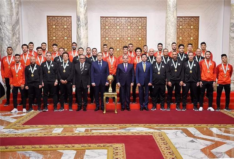 السيسى يستقبل منتخب مصر الاولمبى