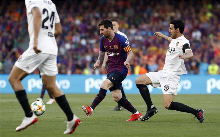 التشكيل المتوقع لمباراة برشلونة وفالنسيا في الدوري الإسباني اليوم -
