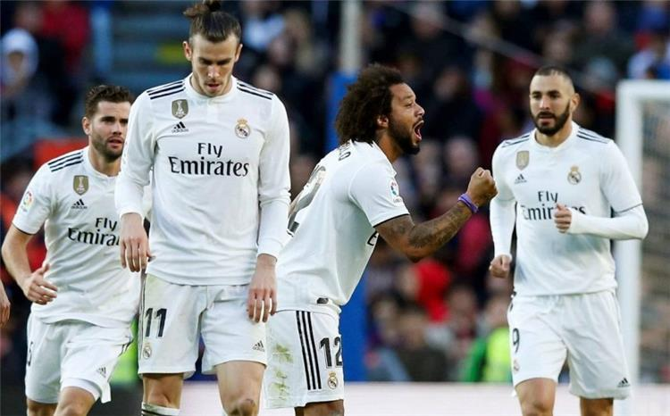 بعد هالاند ومبابي مهاجم آخر على طاولة ريال مدريد