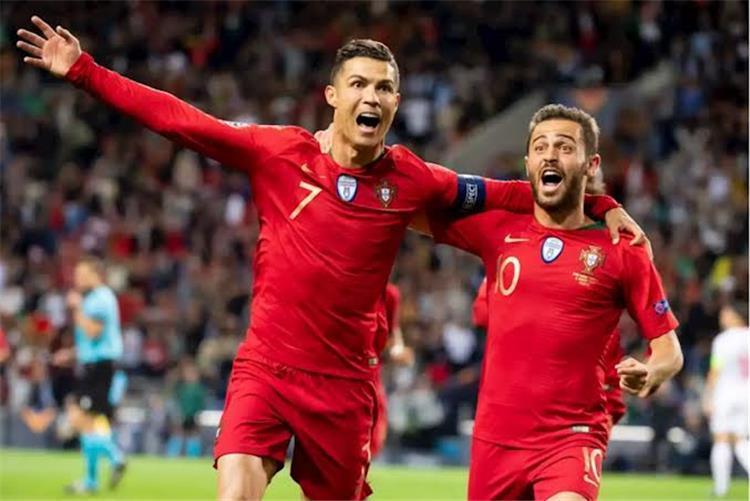 برناردو سيلفا: لن يمكننا تعويض رونالدو في البرتغال بعد اعتزاله -