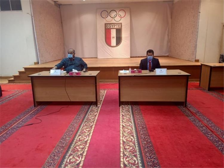 رئيس اللجنة الاولمبية المصرية مع وزير الرياضة