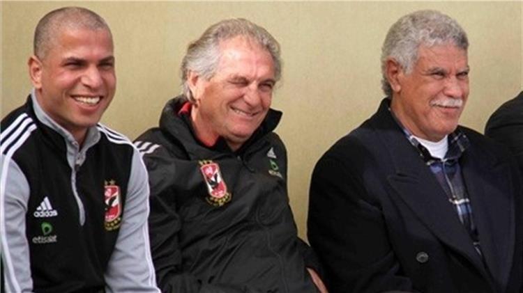 وائل جمعة بعد قرار مرتضى منصور بحذف اسم حسن شحاتة: من أنتم؟