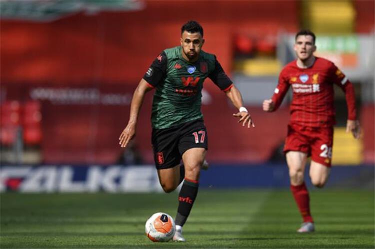 تريزيجيه في مباراة الأمس أمام ليفربول