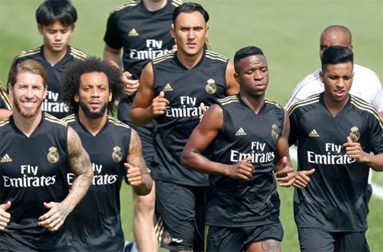 كوبو في تدريبات ريال مدريد الصيف الماضي
