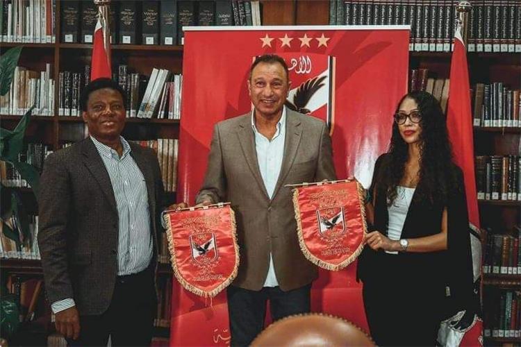 زيارة وفد سيمبا التنزاني للنادي الأهلي
