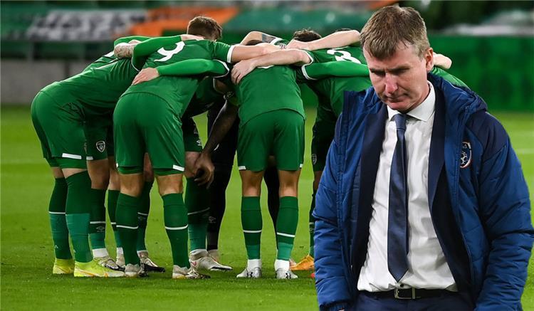 مدرب ولاعبي أيرلندا
