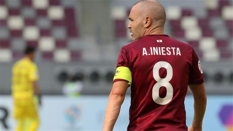 إنييستا يكشف إمكانية انتقاله إلى الدوري القطري ويؤكد: تشافي مرتبط ببرشلونة  - بطولات