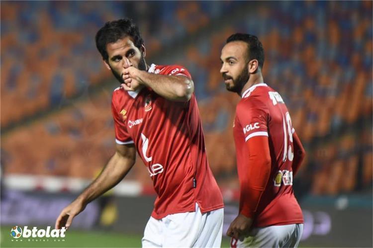 مروان محسن ومجدي افشة لاعبا الاهلي