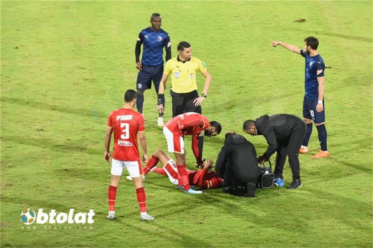 اصابة محمد هاني في مباراة الاهلي وبيراميدز بالدوري