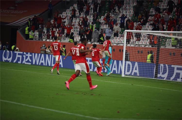 فوز الأهلي أمام بالميراس