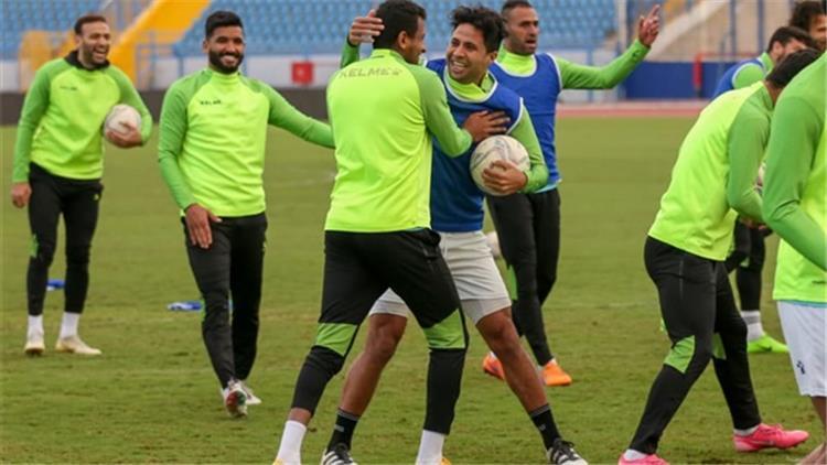 محمد ابراهيم وصالح جمعة من تدريبات فريق سيراميكا كليوباترا
