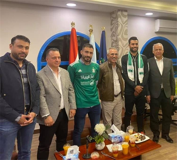 فرج عامر وحسام حسن والترهوني بقميص أهلي طرابلس